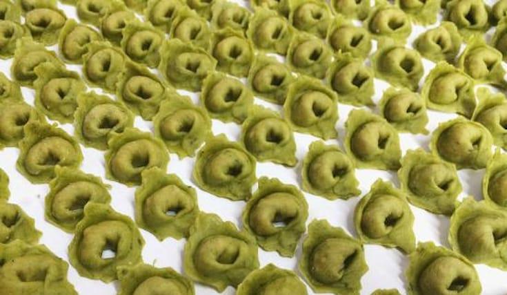 Tortellini-pasta-verde_167413