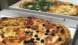 Pizza mezzo metro 15€