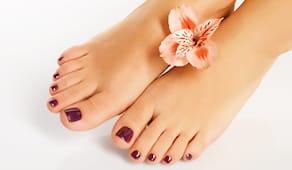 Piega + smalto piedi safi