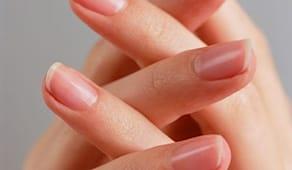 Manicure onicotecnica