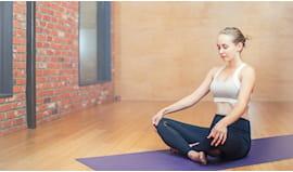 1 mese di yoga regalo