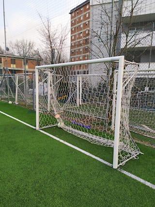 Campo-calcio-a-5-per-2ore_172210