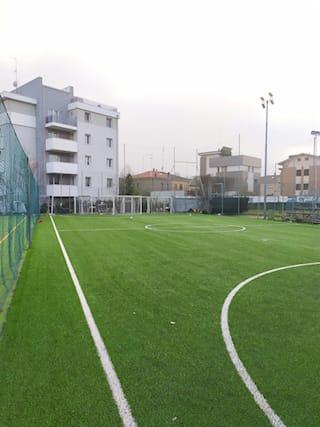 Campo-calcio-a-5-per-2ore_172212