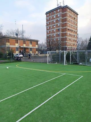 Campo-calcio-a-5-per-2ore_172213