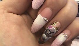 Nail art koala