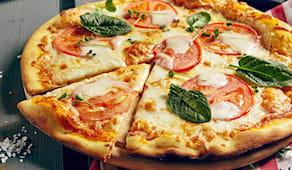 3 pizze + 3 bevande bugs