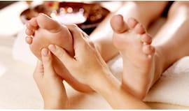 Massaggio piedi panda