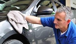 Lavaggio manuale auto