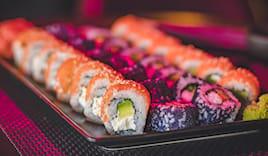 50 sushi + 4 piatti miya
