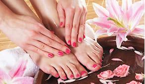 Mani e piedi con gel nef