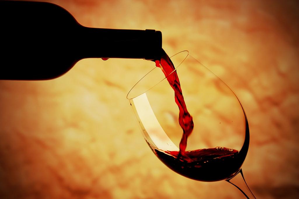"""""""Vinarte"""": ingresso ai castelli, mostre, degustazione vini con assaggi, minitour animati"""