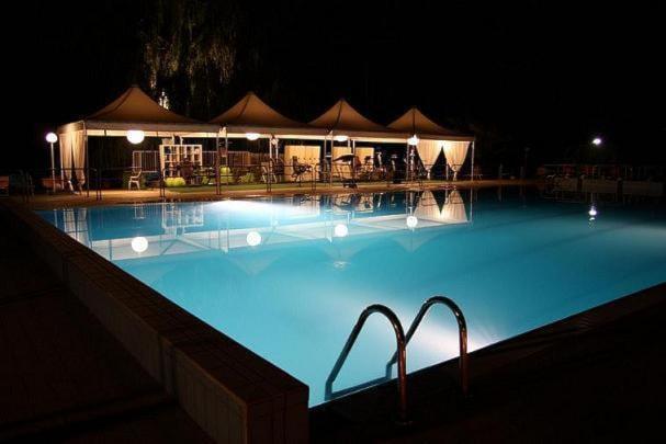 CAMERA DOPPIA A soli €28 ANZICHE' €60 nell'hotel cà marta di sassuolo + sconto del 50% su piscina e palestra!