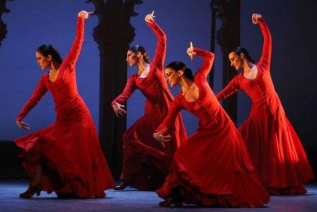 """28 novembre """"FlamencaSon"""" al michelangelo: uno spettacolo di flamenco tradizionale in cui la componente allegra e spensierata predomina!"""