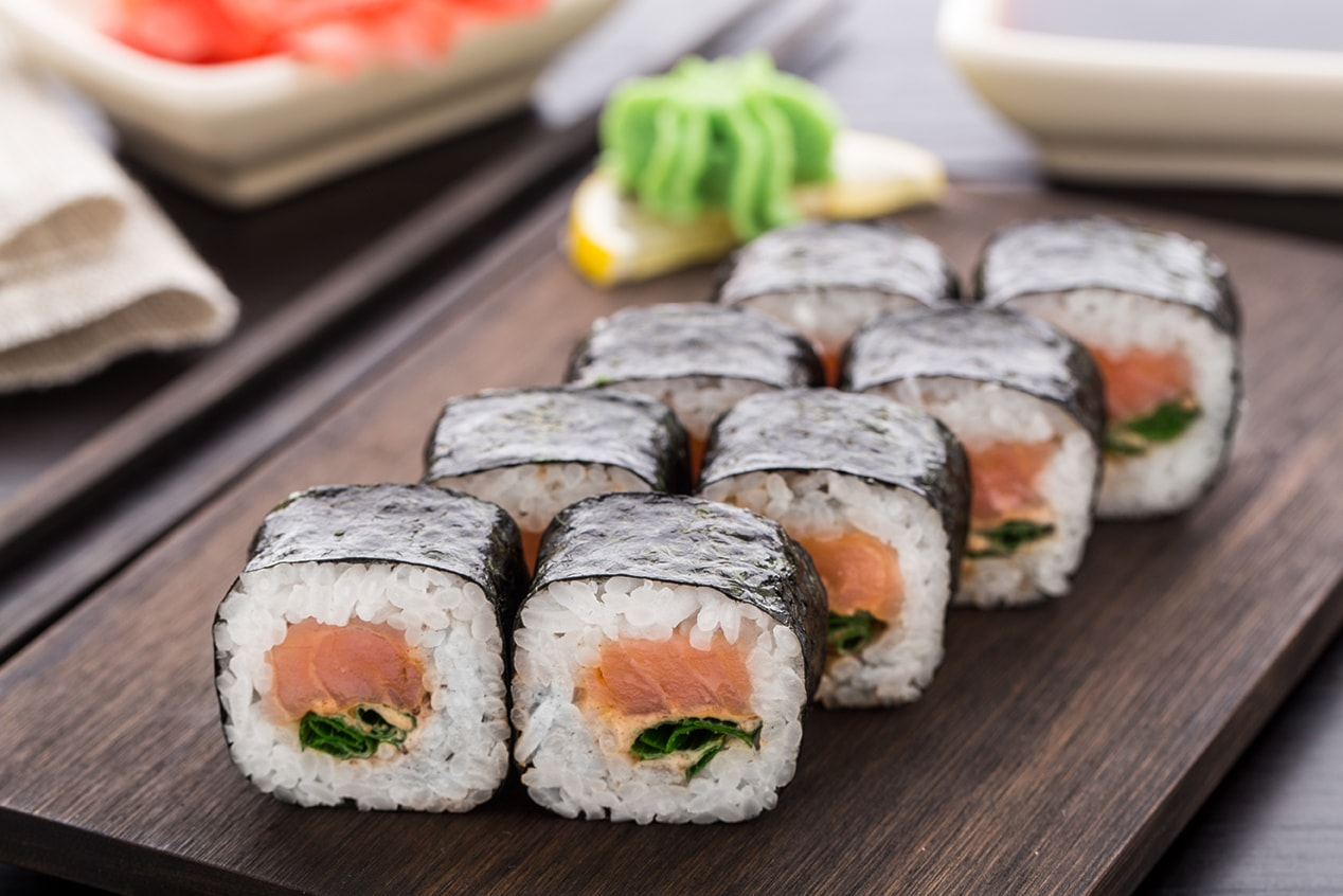cena per 2 con 46 pz di sushi misto e sashimi + udon o noodles al nuovo ristobar sushi elim in centro a modena!