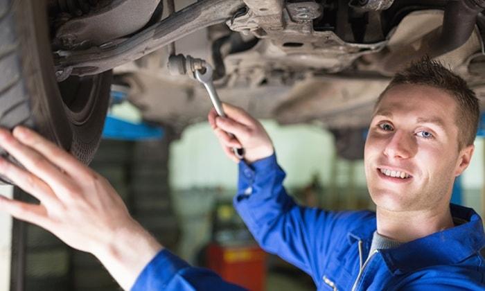 check-up auto completo con cambio gomme e ricarica aria condizionata a castelfranco