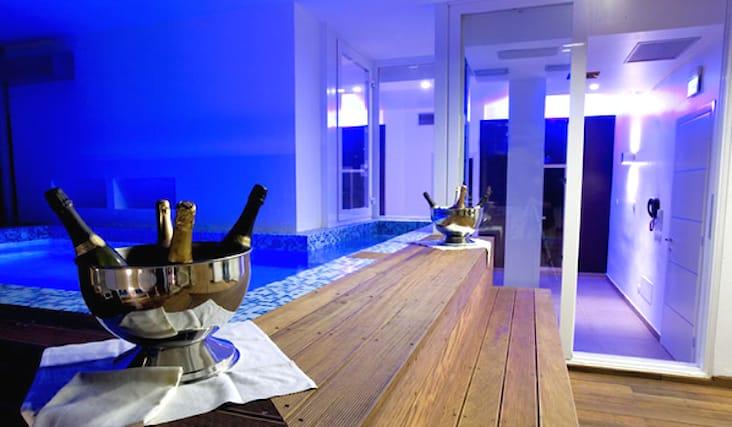 Soggiorno di 1 notte in camera standard per due persone con ingresso al  centro benessere & prima colazione a 69€ anziché 109