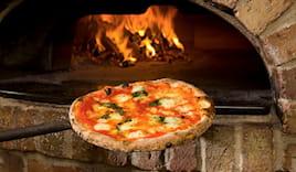 Menu pizza forno a legna