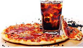 Pizza,bibita omaggio