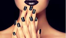 3 manicure omaggio