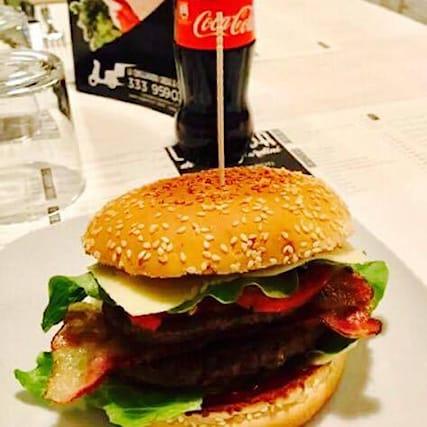 Hamburgerbibita-asporto_99339