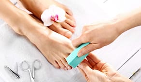 Pedicure curativo+smalto