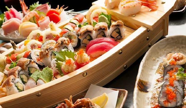 Take-away wasabi sushi x2