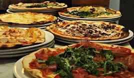 Pizza no stop fridaynight