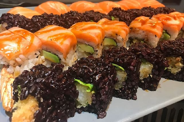 Sushi-all-you-can-eat-x-2_114928
