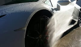 Lavaggio auto self