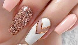 Corso ricostruz unghie
