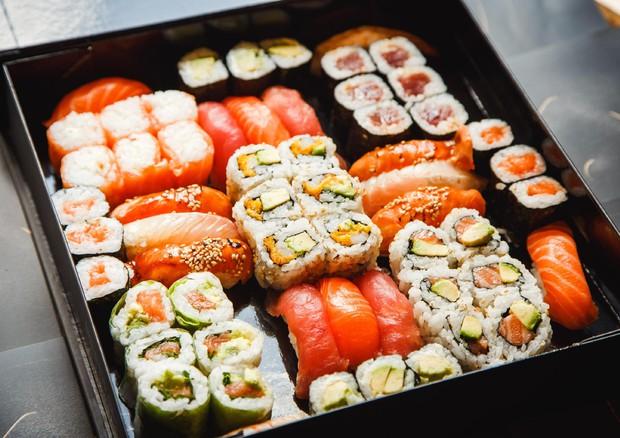 Amo,sushi,take,away,40pz_123209
