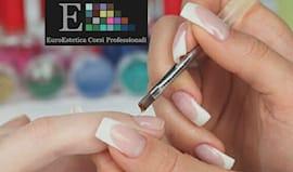 Corso ricostruzione nails