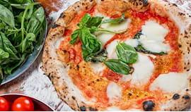 Pizza e zeppoline omaggio
