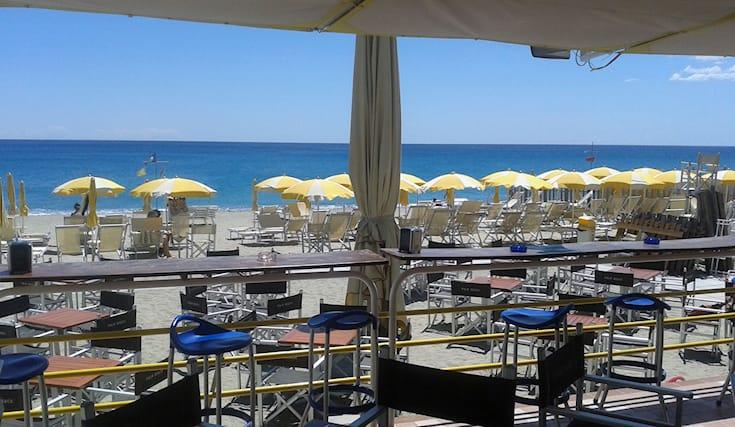 Bagno Mediterraneo Pinarella : Offerta: relax al palm beach a ravenna spiiky