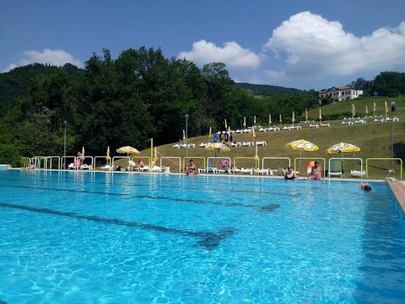 Ingressi-piscina-palagano_132184