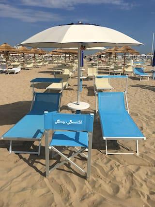 1-giorno-ombrell2lettini_132971