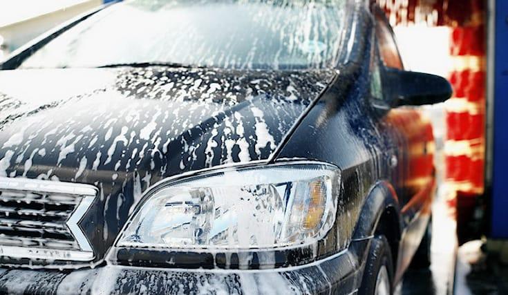 Lavaggio-esterno-auto_133152