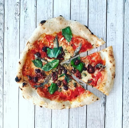 Pizza-tonda-mozzabella_133799