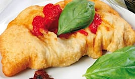 Calzone fritto e lattina