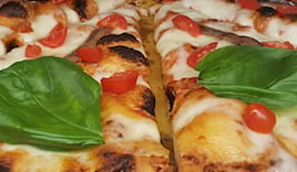 Pizza intera 8 tranci