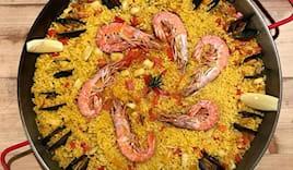 Paella+sangria hola tapas