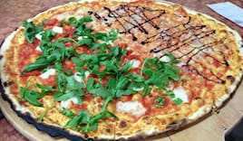 Pizza famiglia farcita