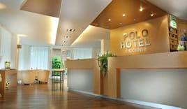 - 10% hotel polo