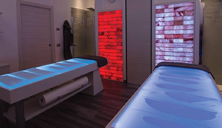 Massaggio Su Lettino Ad Acqua.Offerta Di Massaggio Gambe Spa 30 A Modena Spiiky
