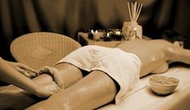 Massaggio angabhyanga