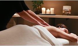 Massaggio 1 ora oasi