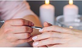 Manicure e semipermanente