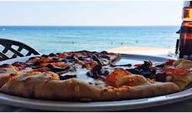 Pizza+2 lettini spiaggia