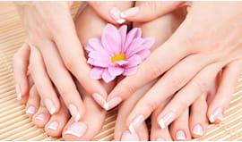 Manicure +pedicure petali