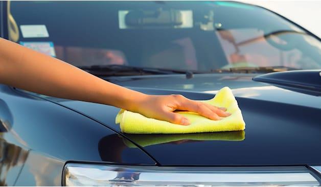 Lavaggio auto berlina